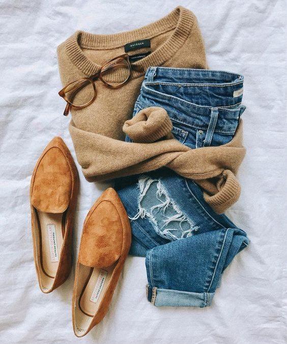 Capsule Wardrobe: Cashmere Sweater