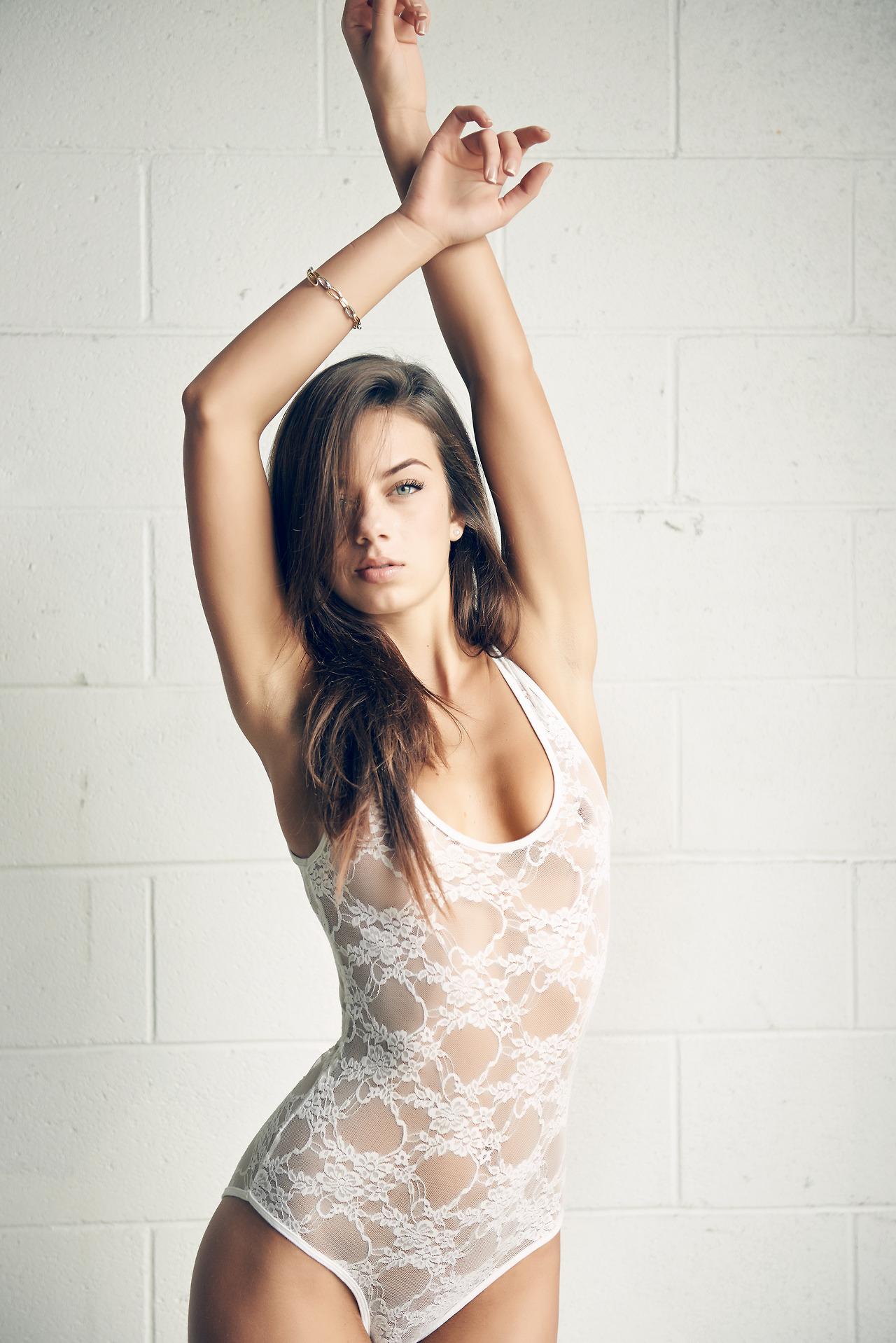 30 Most Beautiful California Instagram Models