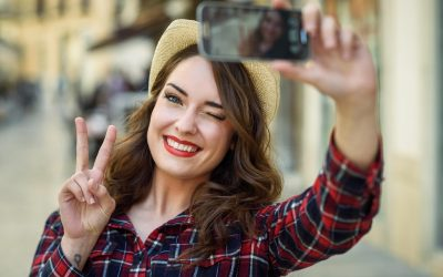 Awesome Tips for Slimmer and Sexier Selfies